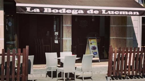 Fachada de la Bodega de Lucman en Villanueva de Córdoba