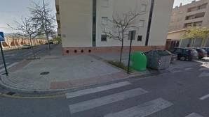 Muere una mujer al recibir un disparo cuando sacaba la basura en Granada