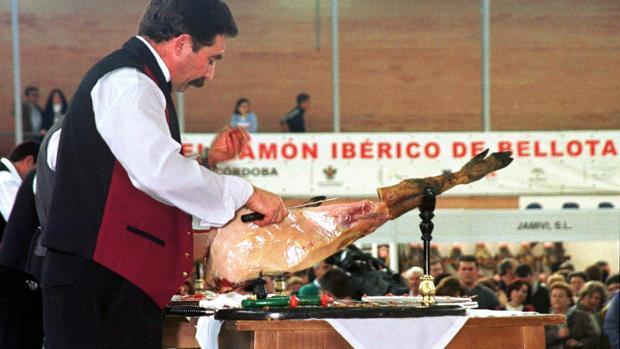Un cortador de jamón ibérico