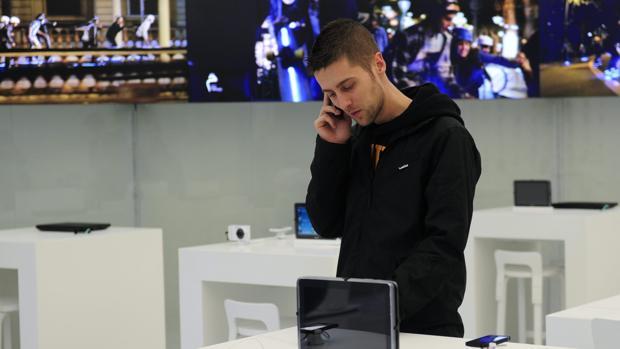 La Junta de Andalucía ha impuesto una sanción de 870.000 euros a Telefónica por infracciones muy graves