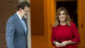 Imagen de archivo de la entrevista que Rajoy mantuvo con Susana Díaz en la Moncloa en diciembre de 2014