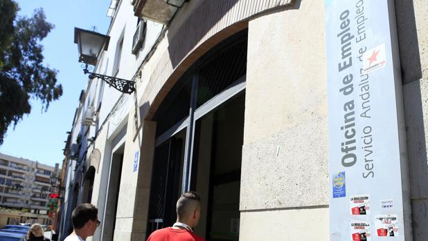 la junta de andaluc a debe ayudas a empresas por