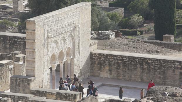 Parte del yacimiento arqueológico de Medina Azahara
