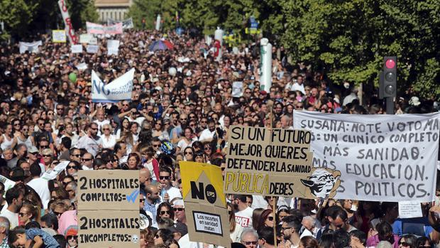 Manifestación por la sanidad en Granada