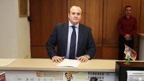 IU acusa de «plagio» al presidente de la comisión de investigación de formación