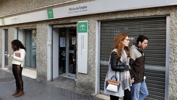 El paro sube en febrero en c rdoba en personas for Oficina de desempleo malaga