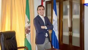 El alcalde de Bollullos llama a la prudencia y pide la colaboración ciudadana ante los intentos de secuestro