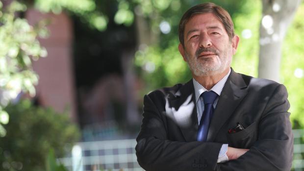 Hemeroteca: Al banquillo por el dinero de los ERE que terminó esnifado | Autor del artículo: Finanzas.com