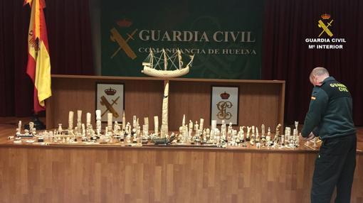 En la operación se han incautado casi 300 piezas de marfil