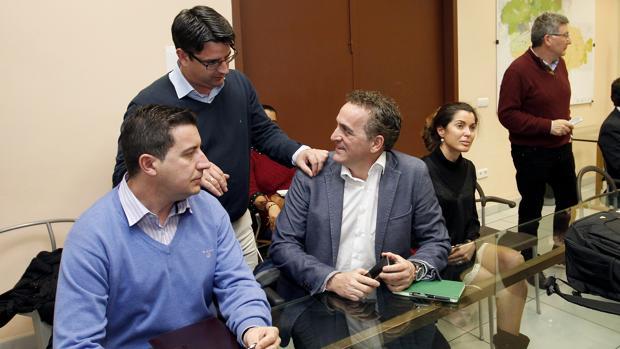 De la Torre junto a Pedro García y Alberto Rosales