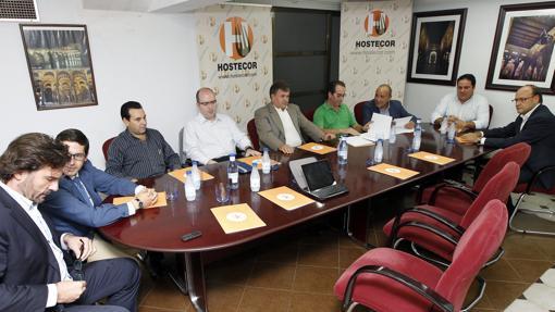 Imagen de una junta directiva de Hostecor en 2013