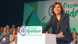 Sáenz de Santamaría,: «A Andalucía sólo le sobra la presidencia de Susana Díaz»