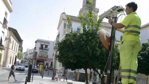Colocación de una cámara ponemultas en San Pablo