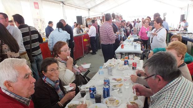 Fiesta de La Botijuela celebrada en Adamuz para echar el cierre a la campaña de la aceituna