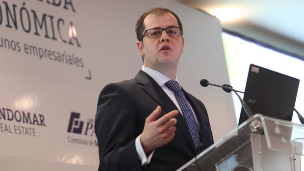 Luis Martín Izquierdo, en una conferencia