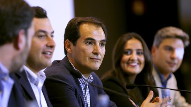 José Antonio Nieto en una reunión del PP