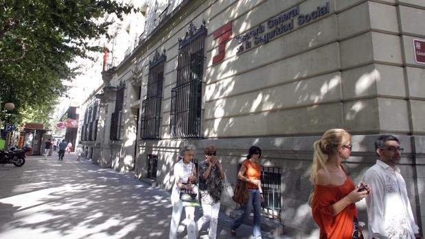 La jueza procesa a 79 personas por un fraude a la for Tesoreria seguridad social vitoria