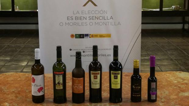 En la imagen, los vinos y vinagres seleccionados.