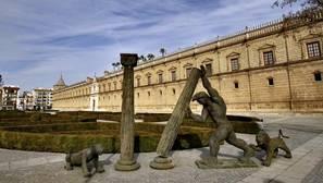 Monumento a Hércules en el Parlamento de Andalucía