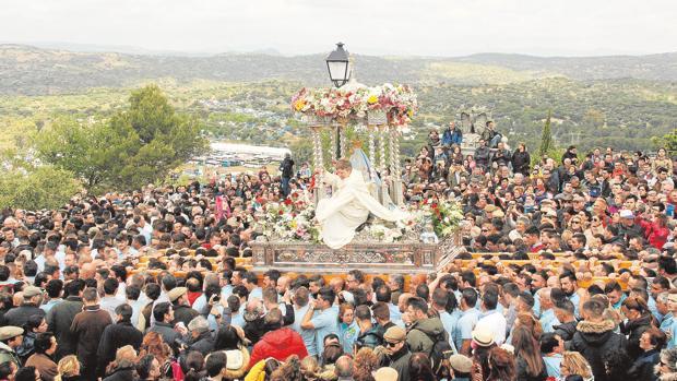 Resultado de imagen de Morenita grannada romeria