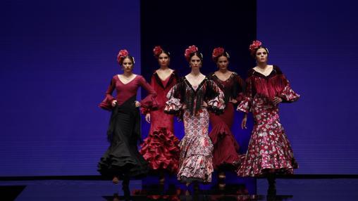 Desfile de moda flamenca en Simof
