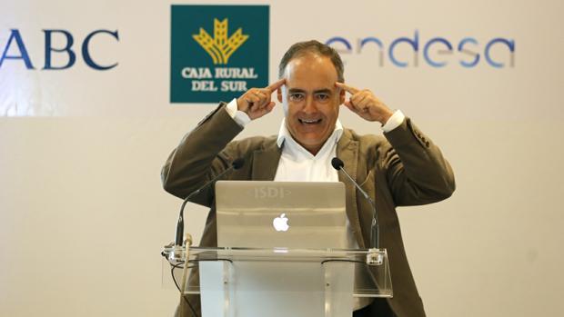 Rodríguez Zapatero, durante su intervención en el foro «Mirada económico» de ABC Córdoba