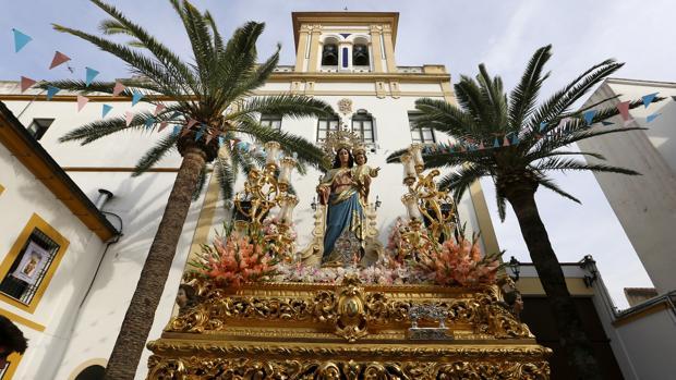María Auxiliadora, en su salida