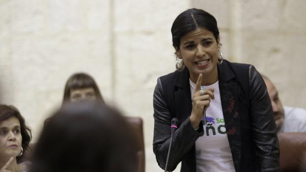 Teresa Rodríguez en su nuevo escaño en el Parlamento de Andalucía