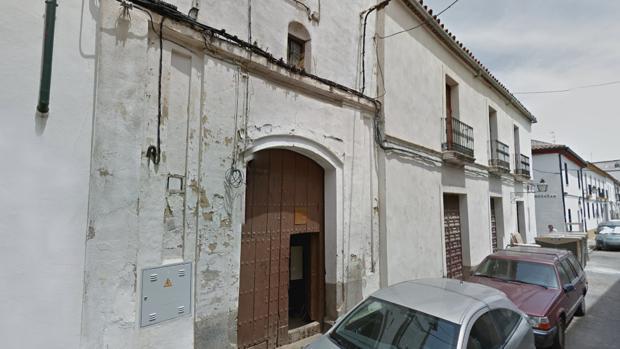 Fachada de la antigua ermita de las Montañas, en la calle Montero