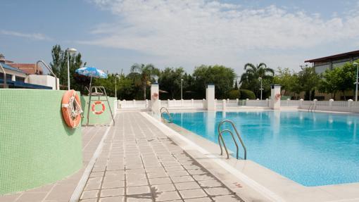 Instalaciones de la piscina municipal de Encinarejo