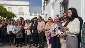 Minuto de silencio en Olivares