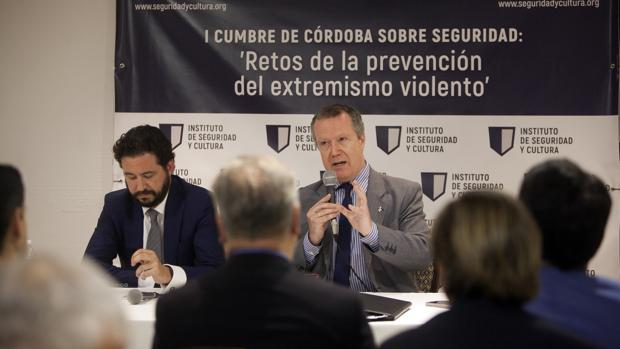 Carlos Echevarría, durante la Cumbre de Córdoba sobre Seguridad