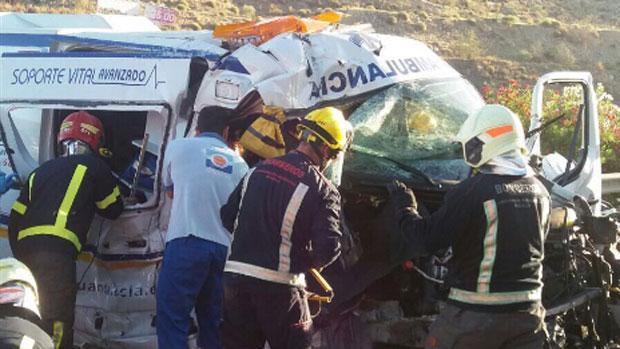 Fotos de ambulancias en accidentes 8