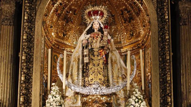 La Virgen del Carmen de San Cayetano, durante sus cultos