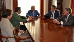 Imagen de la reunión de la Cámara de Comercio con «Stop Impuesto de Sucesiones»