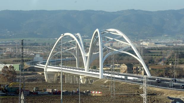 Puente de Ibn Firmas, en la Variante Oeste