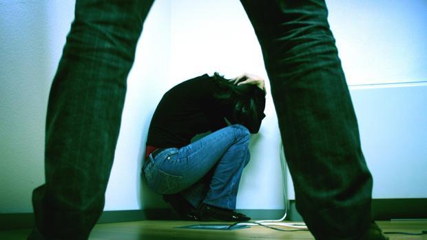 El detenido agredió a su mujer delante del hijo de ambos