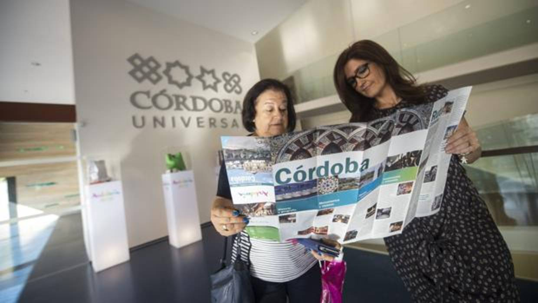 Las consultas en las oficinas de turismo de c rdoba suben for Oficina de correos cordoba