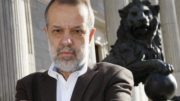 Fernández Marugán, nuevo Defensor del Pueblo