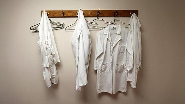 La falta de personal médico provoca varias incidencias en Andalucía