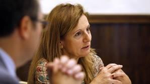 La consejera de Salud da plantón a los enfermeros andaluces en una reunión