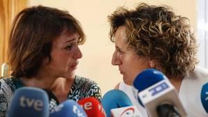 Juana Rivas y su asesora jurídica, Francisca Granados