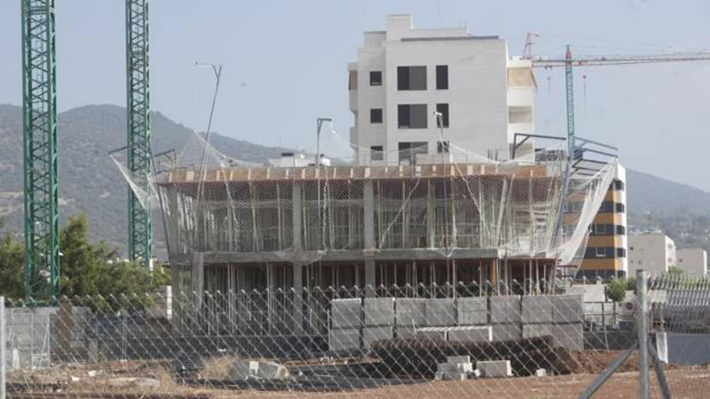 La junta oferta suelo para 7 parcelas de uso industrial y - Suelos para viviendas ...