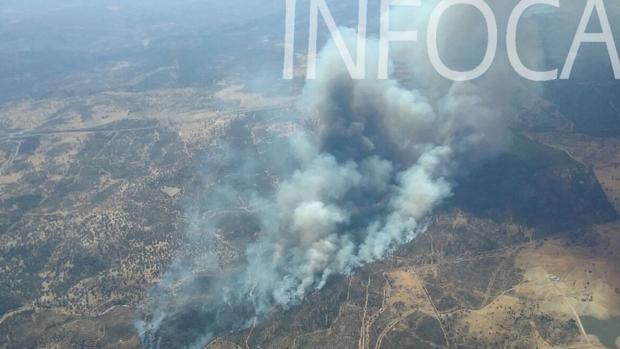Vista aérea del incendio forestal