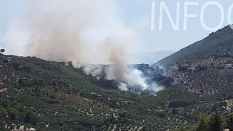 El infoca da por controlado tras 20 horas el incendio - Tiempo los villares jaen ...
