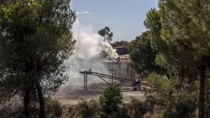 Carbonería de Moguer donde presuntamente se originó el incendio