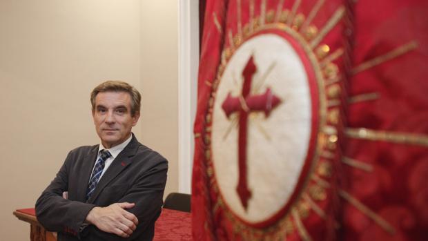 El presidente de la Agrupacion, Gómez Sanmiguel