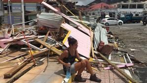 Sara Cerezo en una zona de la ciudad devastada por el fenómeno meteorológico