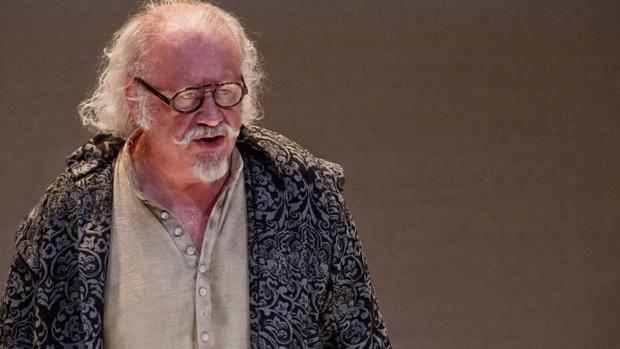 Juan Echanove, en el papel de Quevedo en «Sueños»
