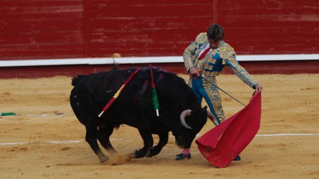 «El Cordobés», durante una corrida de esta temporada